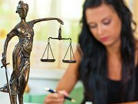 Распоряжение исключительным правом, относящимся к общему имуществу супругов: нормы какого кодекса подлежат применению?