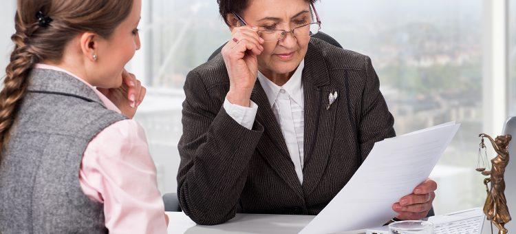 Неверно оформленная удостоверительная надпись нотариуса может стать причиной отказа при госрегистрации